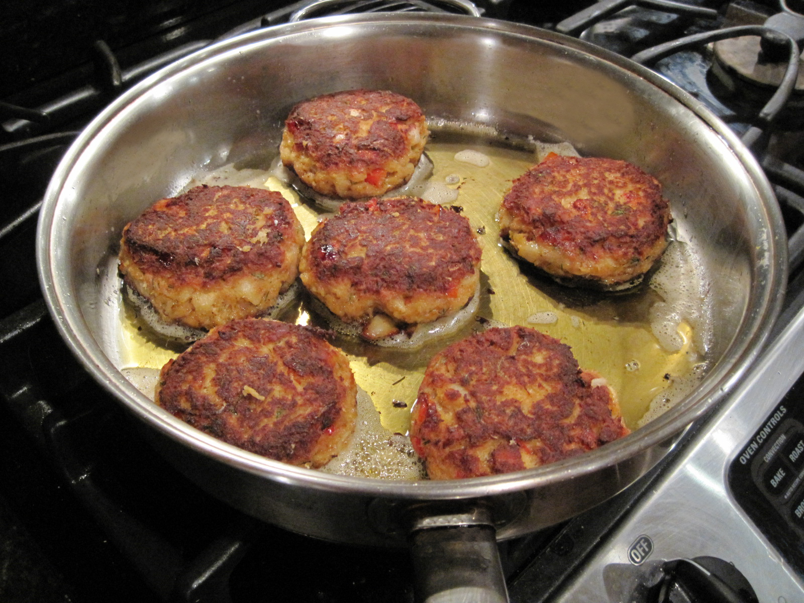 White fish patties and homemade tartar sauce appetites for Homemade fish food